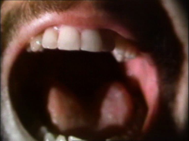 Bill Viola, *Space Between the Teeth*, 1976, vidéo, 9'10.